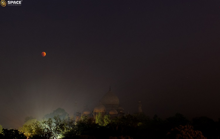 TLE Jan 2018 SPACE India captured at Taj Mahal