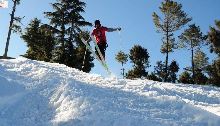 Skiing – incredible india